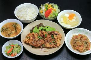 Aランチ 油淋鶏 (鶏肉の唐揚げ薬味ソース)